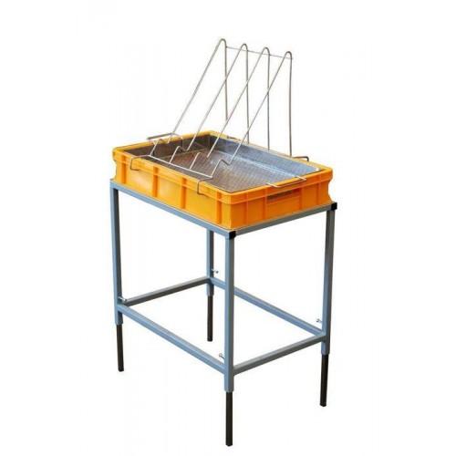 Стіл для розпечатування з ванночкою пластиковою 100 мм, сито нержав.